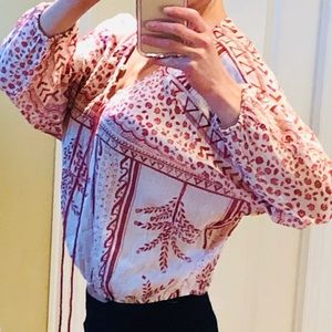 Free People top. Excellent condition. Worn once.